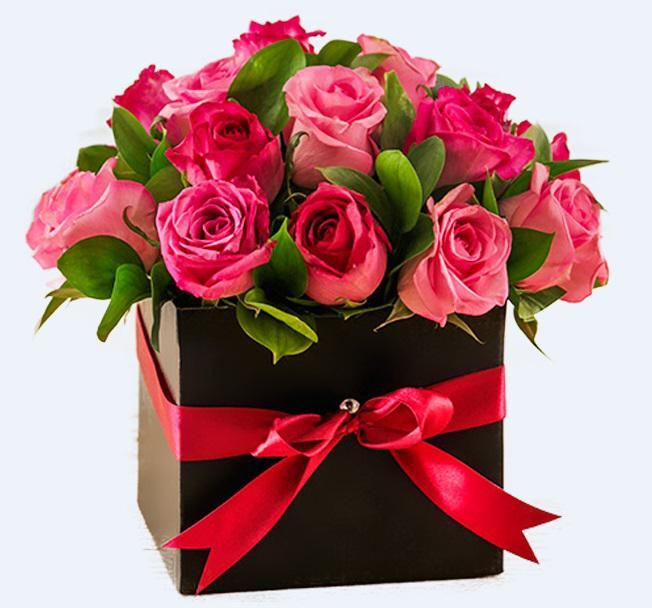 Красивый букет цветов с днем рождения женщине в коробке, бибирево круглосуточно заказ